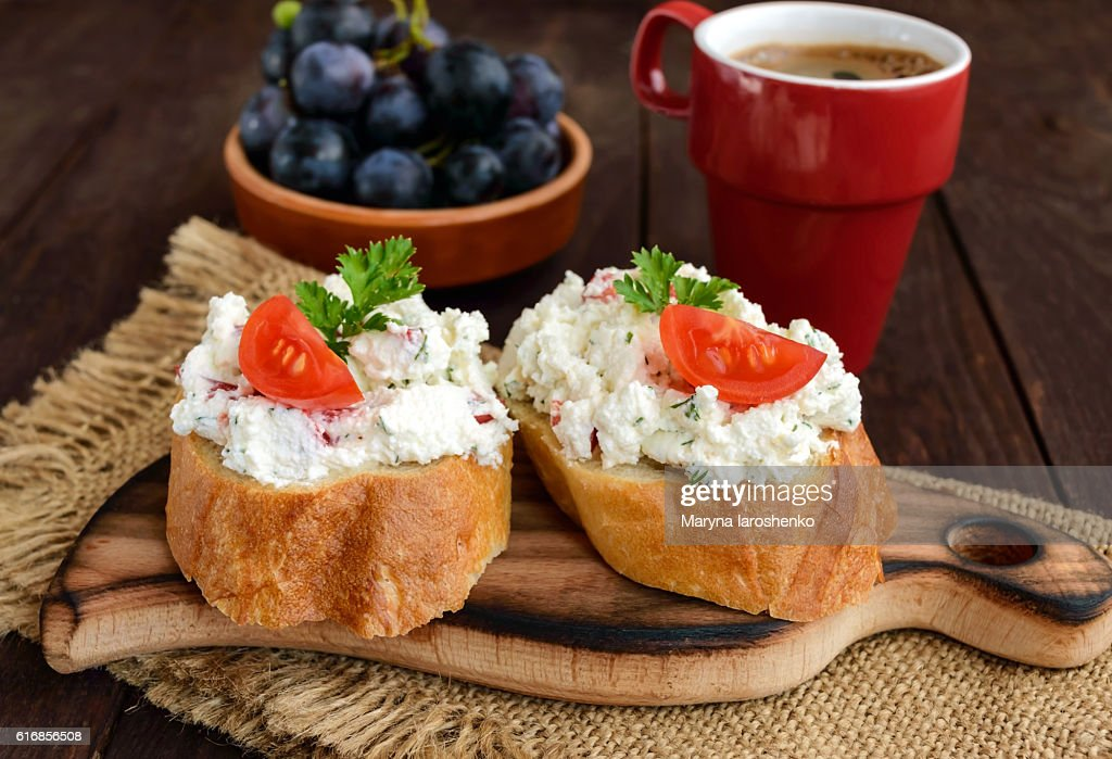 Sandwiches with pate cheese, garlic, slices of pepper, dill : Stock Photo