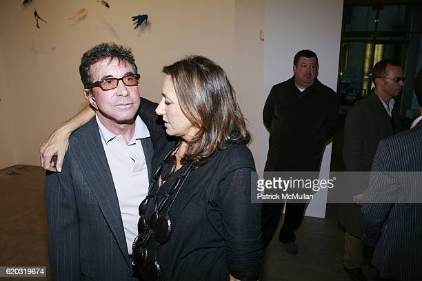 Sandy Gallin and Donna Karan attend Robert Miller Gallery presents 'Kinetic State' with Joseph LaPiana at Robert Miller Gallery on April 28 2008 in...
