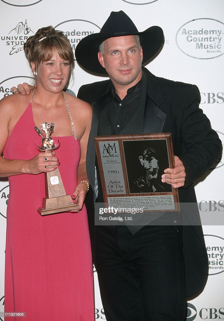 Sandy Mahl and Garth Brooks during 34th Annual Academy of Country Music Awards at Universal Ampitheater in Universal City, California, United States.