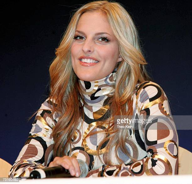Sandy Moelling at a press conference to announce the reunion of German pop group 'No Angels' on January 31 2007 in Munich Germany Winners of German...