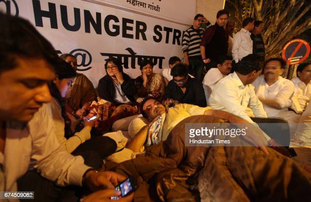 Sanjay Nirupam on an indefinite hunger strike against reliance energy for high rates of the electricity at outside reliance energy office on midnight...