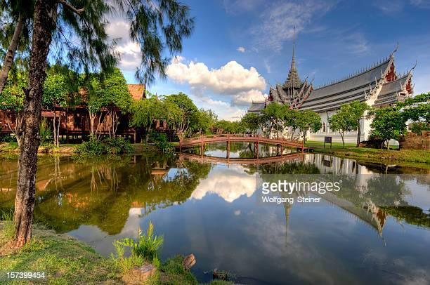 Sanphet Prasat Palace with a lake in front