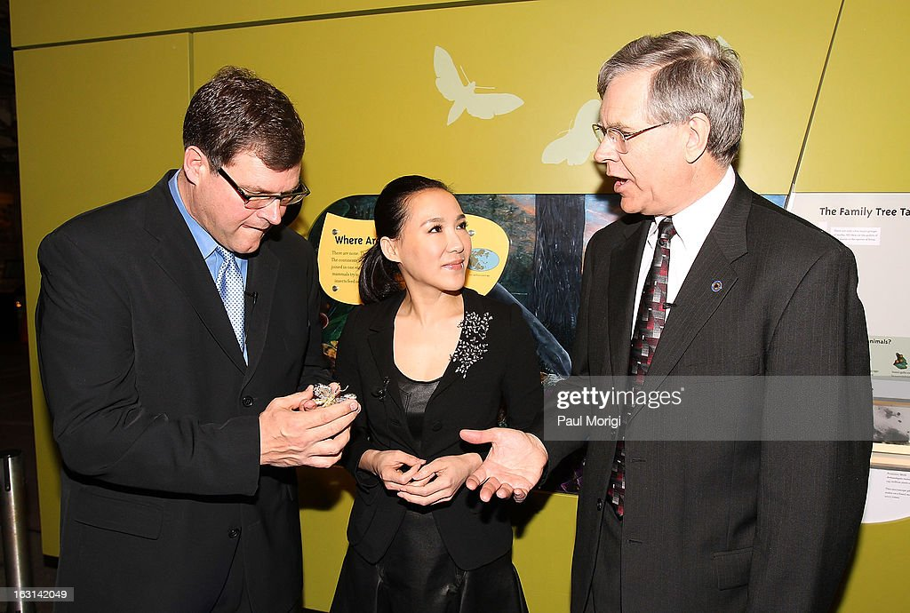 Sant Director of the National Museum of Natural History Kirk Johnson, jewelry artist Cindy Chao and Jeffrey Post, Curator, National Gems and Minerals Collection, Smithsonian's National Museum of Natural History, talk at the unveiling of Chao's Black Label Masterpiece Royal Butterfly Brooch to be accessioned into the Smithsonian's National Museum of Natural History on March 5, 2013 in Washington, DC.