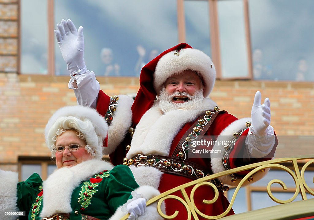 Santa Claus proceeds down Central Park West in the Macy's Thanksgiving Day Parade in New York