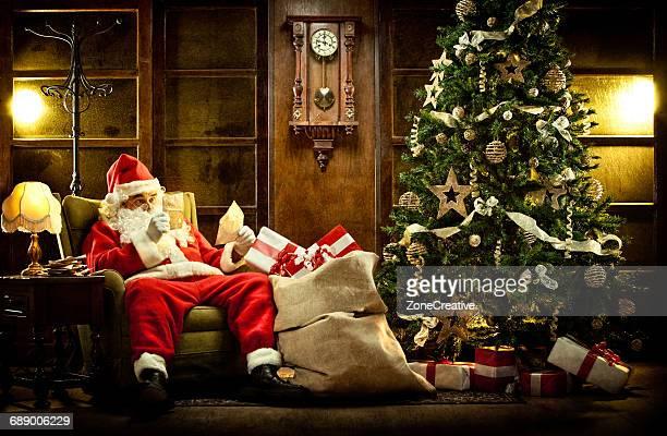 Santa Claus read children gift letters