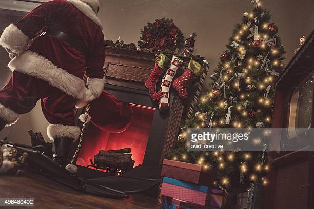 Santa Coming Down Chimney-Vintage
