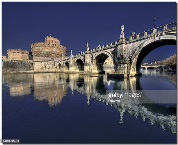 Santa Maria and arch bridge