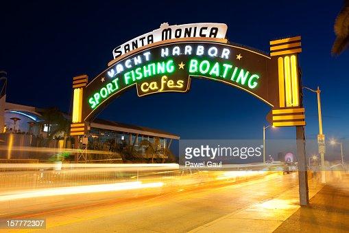 Pier de Santa Mônica sinal de néon