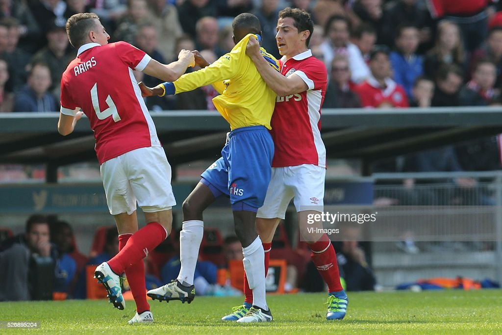 Santiago Arias of PSV, Jamiro Monteiro of SC Cambuur, Andres Guardado of PSV during the Dutch Eredivisie match between PSV Eindhoven and SC Cambuur Leeuwarden at the Phillips stadium on May 01, 2016 in Eindhoven, The Netherlands