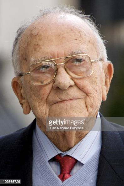 Santiago Carrillo attends a lunch marking the 30th Anniversary of the failed coup d'etat at Congress of Deputies on February 23 2011 in Madrid Spain