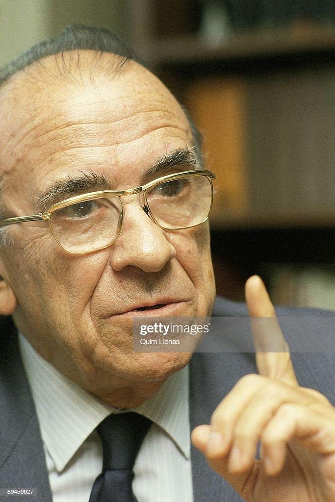 Santiago Carrillo PCE politician