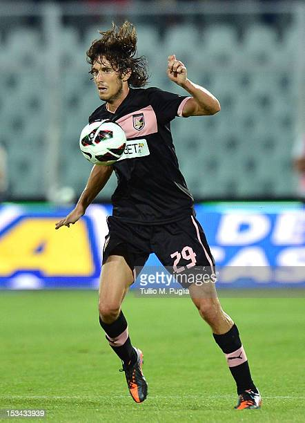 Santiago Garcia of Palermo in action during the Serie A match between Pescara and US Citta di Palermo at Adriatico Stadium on September 26 2012 in...
