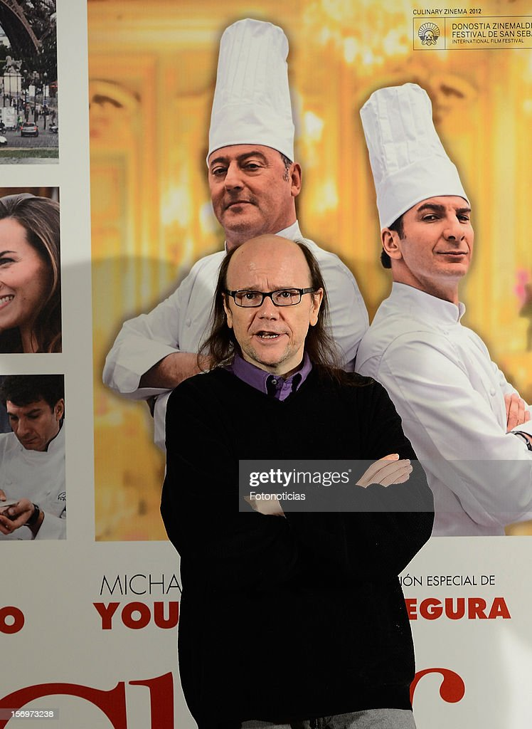 Santiago Segura attends a photocall for 'El Chef, La Receta de la Felicidad' (Comme Un Chef) at The Intercontinental Hotel on November 26, 2012 in Madrid, Spain.
