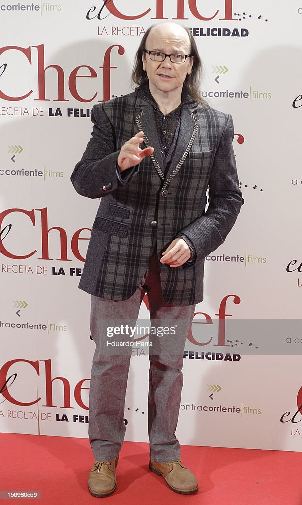 <a gi-track='captionPersonalityLinkClicked' href=/galleries/search?phrase=Santiago+Segura&family=editorial&specificpeople=2221296 ng-click='$event.stopPropagation()'>Santiago Segura</a> attends 'El chef, la receta de la felicidad' ('Comme un chef') premiere photocall at Palafox cinema on November 26, 2012 in Madrid, Spain.