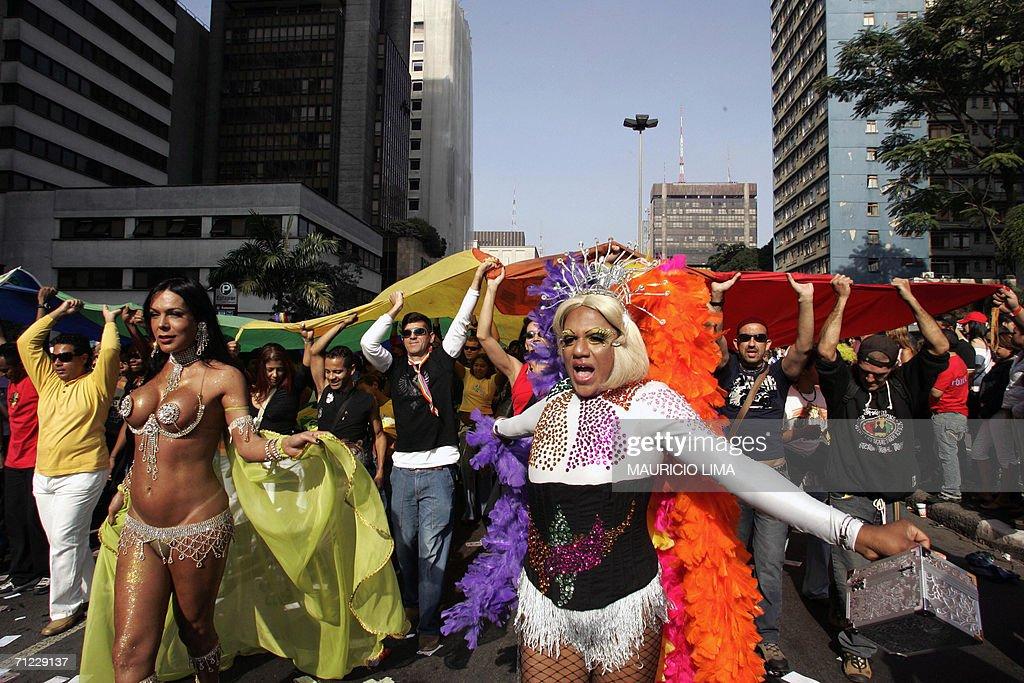 Brazilian transvestite carnival