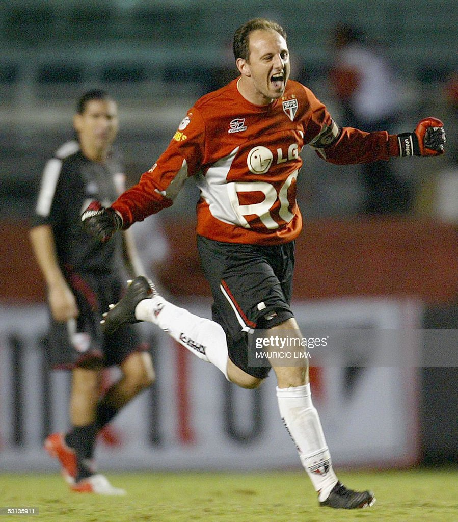 Sao Paulo v River Plate Libertadores Cup Semifinal Soccer Match