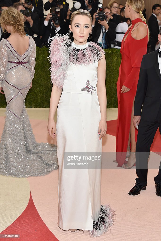 Saoirse Ronan attends the 'Manus x Machina: Fashion In An Age Of Technology' Costume Institute Gala at Metropolitan Museum of Art on May 2, 2016 in New York City.