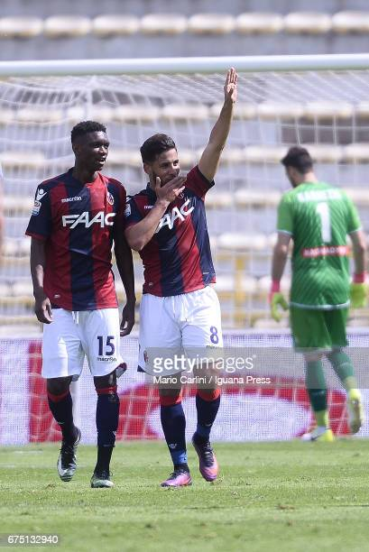 Saphir Taider of Bologna FC celebrates after scoring his team's second goal during the Serie A match between Bologna FC and Udinese Calcio at Stadio...