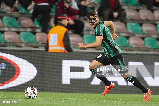 Saphir Taider of US Sassuolo Calcio in action during the Serie A match between US Sassuolo Calcio and AS Roma on April 29 2015 in Reggio nell'Emilia...