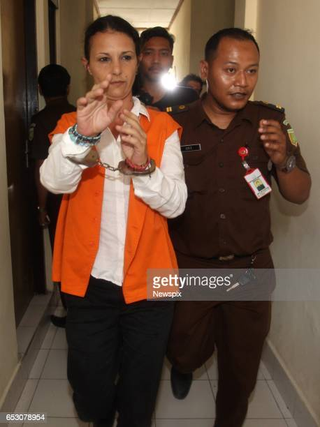BALI INDONESIA Sara Connor arrives for sentencing at the Denpasar District Court in Bali Indonesia Sara was sentenced to 4 years for her role in the...