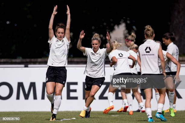 Sara Daebritz and women's team during the training session on July 6 2017 in Heidelberg Germany