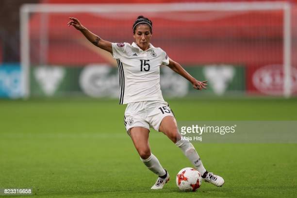 Sara Doorsoun of Germany controls the ball during the Group B match between Russia and Germany during the UEFA Women's Euro 2017 at Stadion...