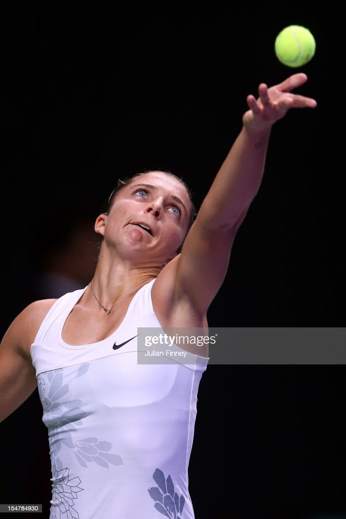 <a gi-track='captionPersonalityLinkClicked' href=/galleries/search?phrase=Sara+Errani&family=editorial&specificpeople=599213 ng-click='$event.stopPropagation()'>Sara Errani</a> of Italy serves to Samantha Stosur of Australia during day three of the season ending TEB BNP Paribas WTA Championships Tennis at the Sinan Erdem Dome on October 25, 2012 in Istanbul, Turkey.