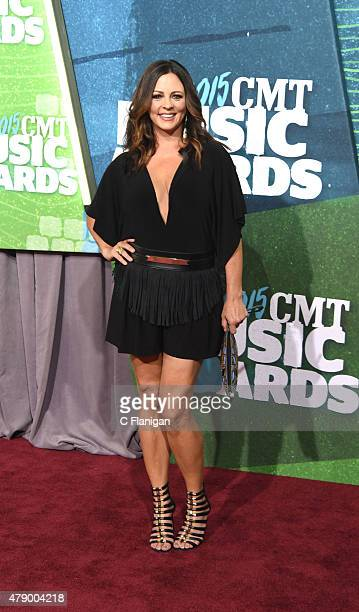 Sara Evans attends the 2015 CMT Music awards at the Bridgestone Arena on June 10 2015 in Nashville Tennessee