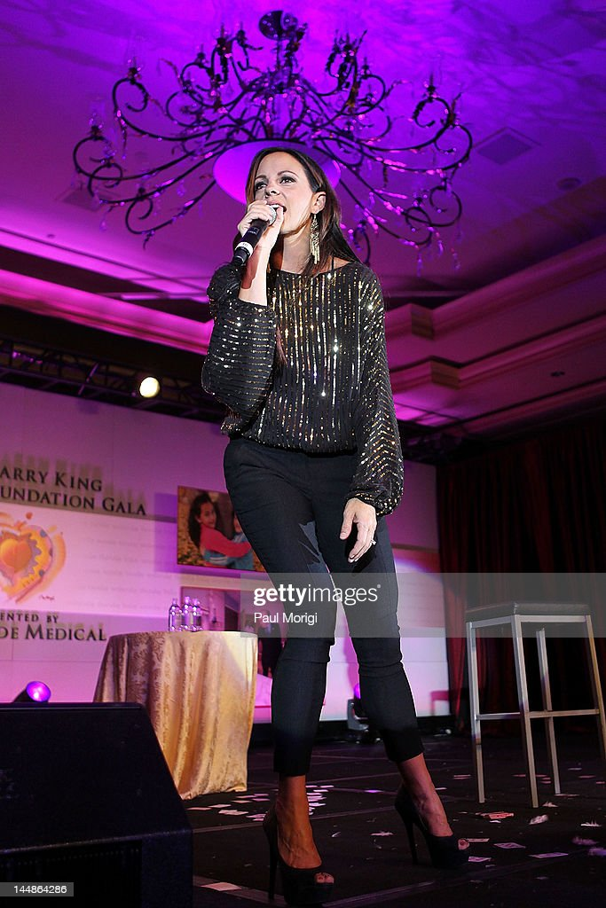 <a gi-track='captionPersonalityLinkClicked' href=/galleries/search?phrase=Sara+Evans&family=editorial&specificpeople=215184 ng-click='$event.stopPropagation()'>Sara Evans</a> performs during the 18th Annual Larry King Cardiac Foundation Gala at Ritz Carlton Hotel on May 19, 2012 in Washington, DC.