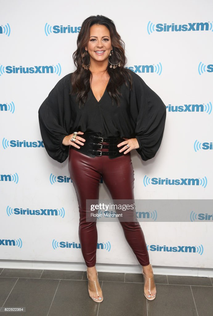 Sara Evans vists at SiriusXM Studios on July 25, 2017 in New York City.