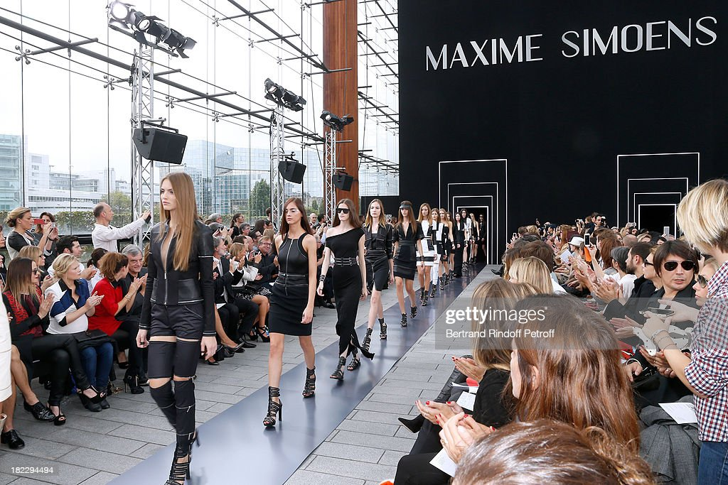 Sara Forestier, Melanie Thierry, Melanie Bernier and CEO Dior Sidney Toledano attend Maxime Simoens show as part of the Paris Fashion Week Womenswear Spring/Summer 2014, held at Orangerie du parc Andre Citroen on September 29, 2013 in Paris, France.