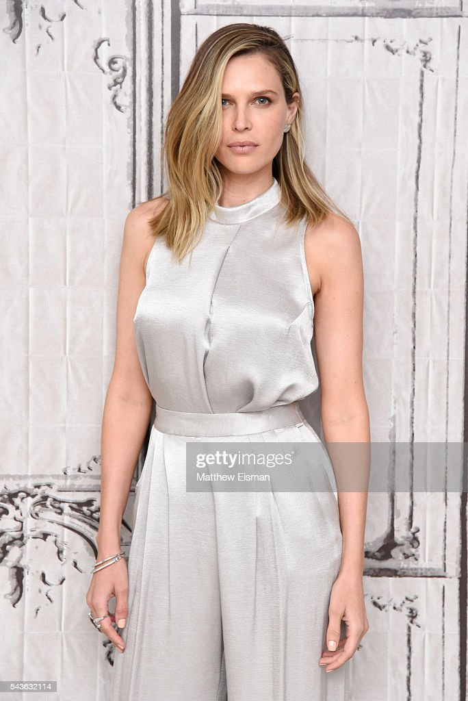<a gi-track='captionPersonalityLinkClicked' href=/galleries/search?phrase=Sara+Foster&family=editorial&specificpeople=208820 ng-click='$event.stopPropagation()'>Sara Foster</a> attends AOL Build Presents - Erin Foster and <a gi-track='captionPersonalityLinkClicked' href=/galleries/search?phrase=Sara+Foster&family=editorial&specificpeople=208820 ng-click='$event.stopPropagation()'>Sara Foster</a> from VH1's 'Barely Famous' at AOL Studios in New York on June 29, 2016 in New York City.