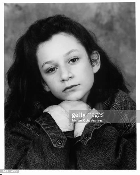 Sara Gilbert 1989