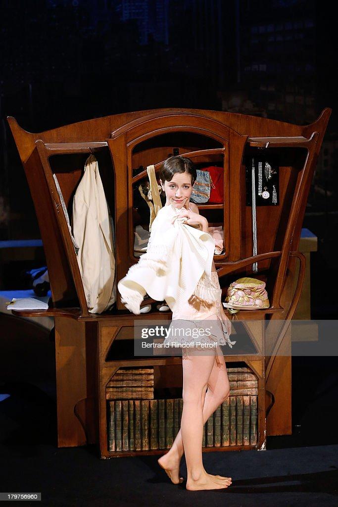 39 zelda scott 39 run through at la bruyere theater in paris. Black Bedroom Furniture Sets. Home Design Ideas