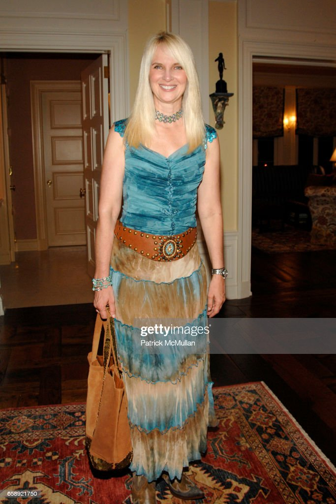 Sara Herbert-Galloway attends the Best Buddies Hamptons Gala at the Home of Anne Hearst McInerney and Jay McInerney on August 21, 2009 in Watermill, NY.