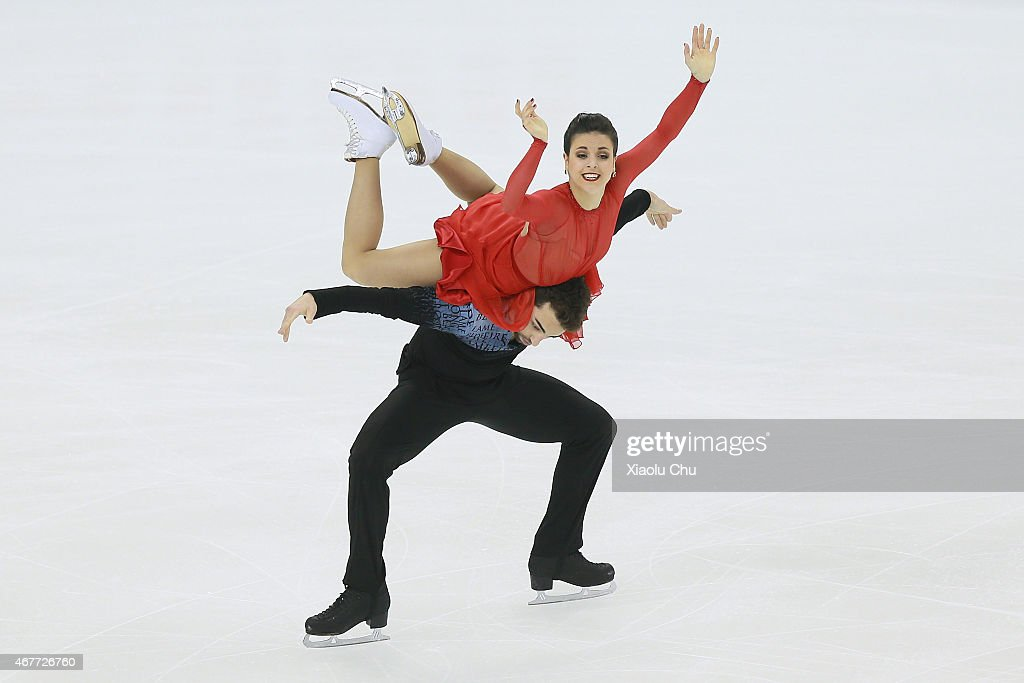 Sara Hurtado and Adria Diaz of Spain perform during the Ice DanceFree Dance on day three of the 2015 ISU World Figure Skating Championships at...