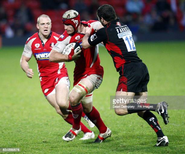Saracens Andy Farrell tackles Gloucester's Mike Tindall during the Guinness Premiership match Vicarage Road Stadium Watford