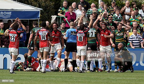 Saracens celebrate after a late match winning try by Schalk Brits during the Guinness Premiership semi final match between Northampton Saints and...