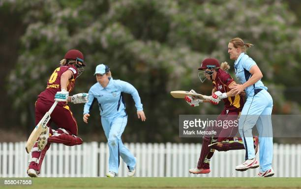Sarah Aley of NSW collides with Kirby Short of Queensland during the WNCL match between New South Wales and Queensland at Blacktown International...