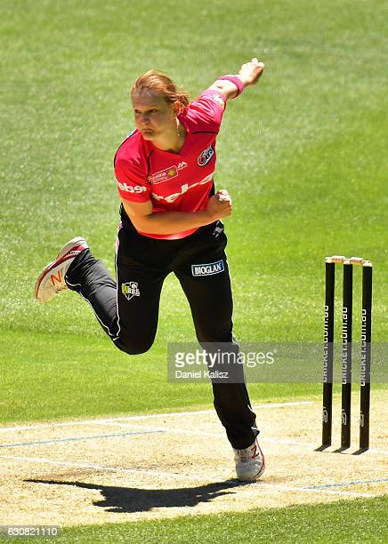 Sarah Aley of the Sixers bowls during the WBBL match between the Strikers and Sixers at the Adelaide Oval on January 3 2017 in Adelaide Australia