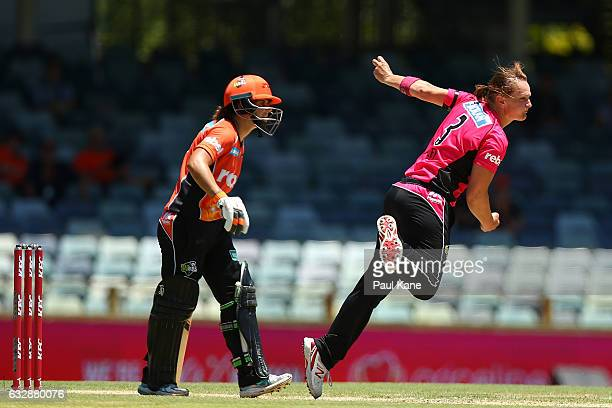 Sarah Aley of the Sixers bowls during the Women's Big Bash League match between the Perth Scorchers and the Sydney Sixers at WACA on January 28 2017...