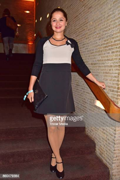 Sarah Alles attends the 'Vorwaerts immer' premiere at Kino International on October 11 2017 in Berlin Germany