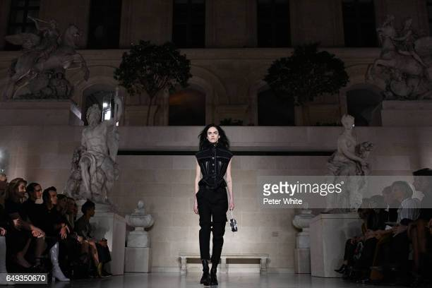 Sarah Brannon general view walks the runway during the Louis Vuitton show as part of the Paris Fashion Week Womenswear Fall/Winter 2017/2018 on March...