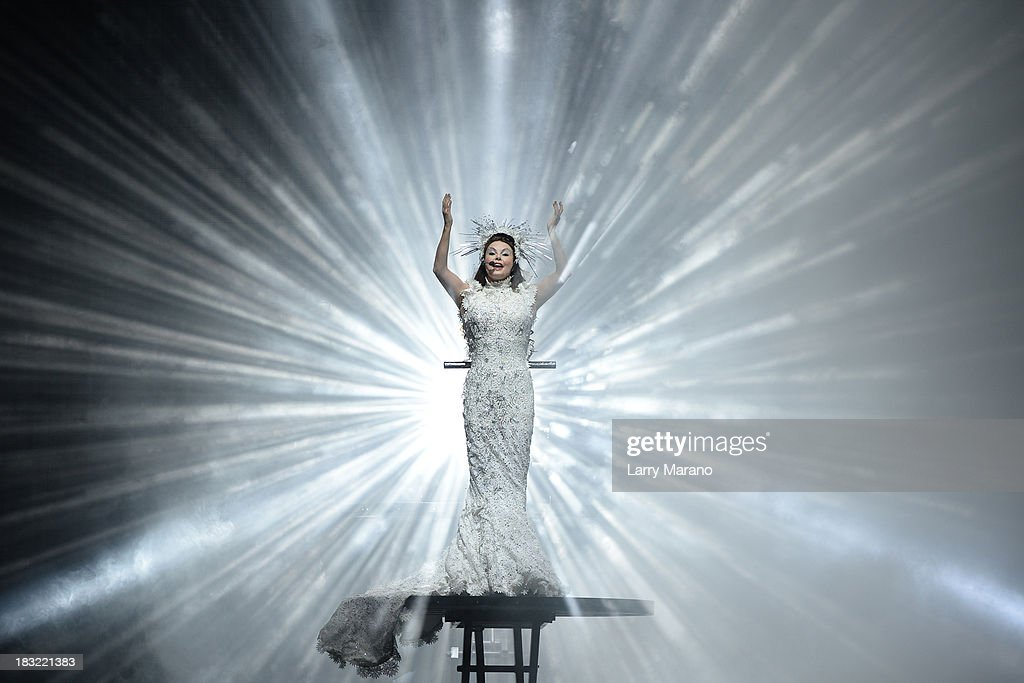 <a gi-track='captionPersonalityLinkClicked' href=/galleries/search?phrase=Sarah+Brightman&family=editorial&specificpeople=208636 ng-click='$event.stopPropagation()'>Sarah Brightman</a> performs at BB&T Center on October 5, 2013 in Sunrise, Florida.
