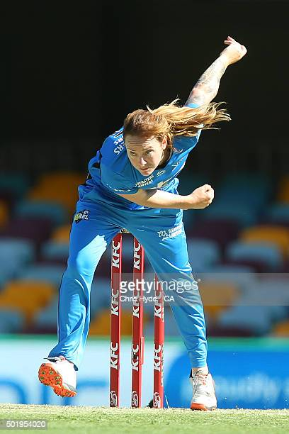 Sarah Coyte of the Strikers bowls during the Women's Big Bash League match between the Brisbane Heat and the Adelaide Strikers at The Gabba on...