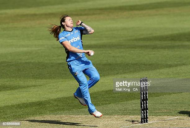 Sarah Coyte of the Strikers bowls during the Women's Big Bash League match between the Adelaide Strikers and the Melbourne Renegades at North Sydney...