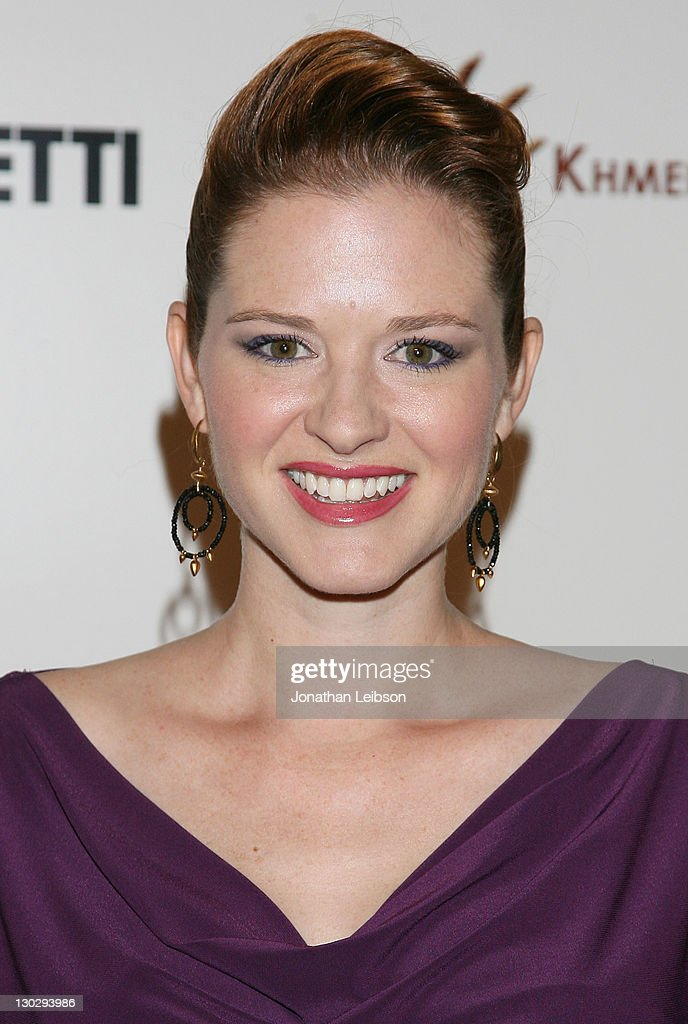 <a gi-track='captionPersonalityLinkClicked' href=/galleries/search?phrase=Sarah+Drew&family=editorial&specificpeople=2084031 ng-click='$event.stopPropagation()'>Sarah Drew</a> attends the 2nd Annual Friends Without A Border Gala at Hollywood Roosevelt Hotel on October 25, 2011 in Hollywood, California.