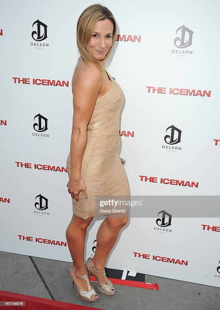 Sarah Farooqui arrives at the 'The Iceman' - Los Angeles Premiere on April 22, 2013 in Hollywood, California.