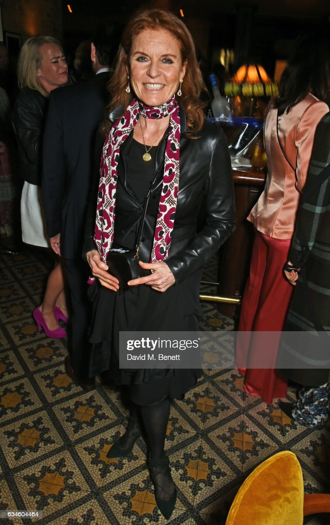 sarah-ferguson-duchess-of-york-attends-a-dinner-cohosted-by-harvey-picture-id634604464