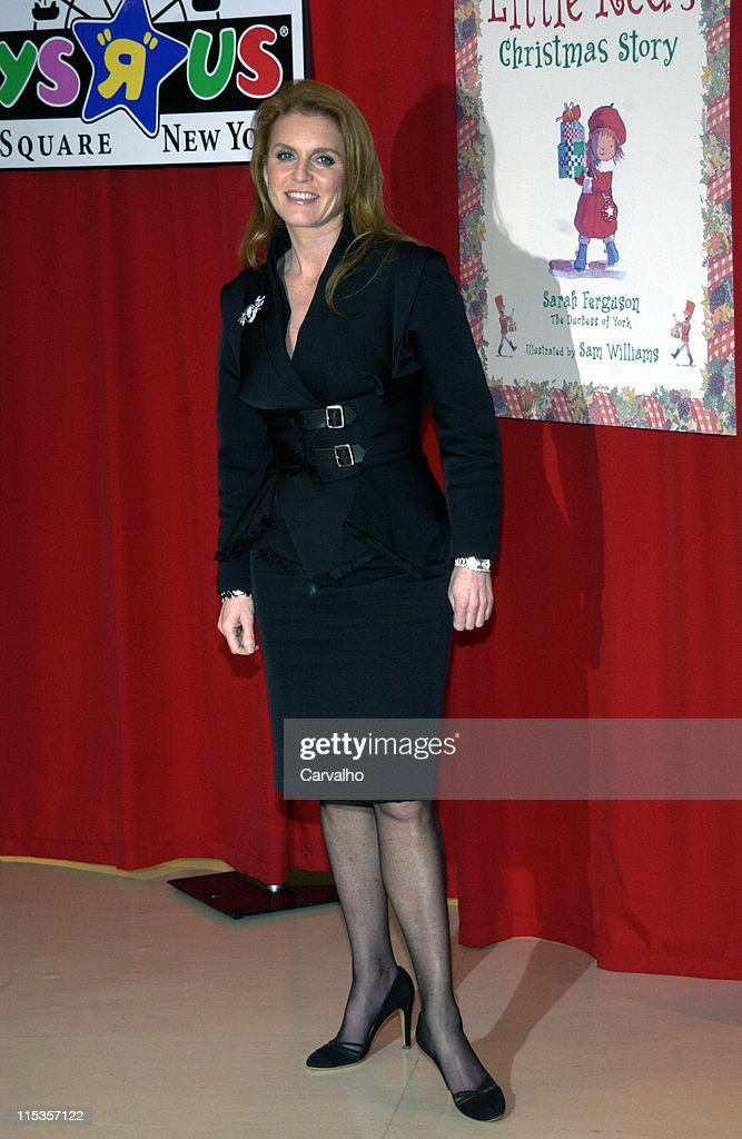 """Sarah Ferguson, The Dutchess of York, Signs Copies of her Book """"Little Red's"""